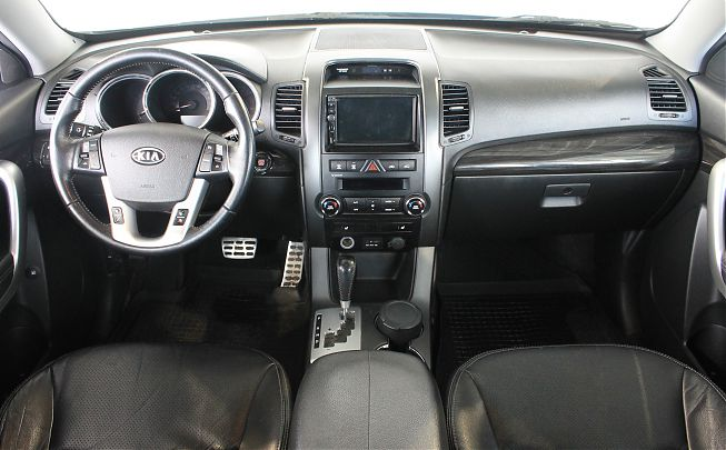 Kia Sorento 2.4 AT 4WD 2010