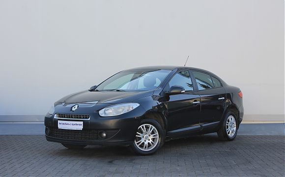 Renault Fluence 1.6 MT 2012