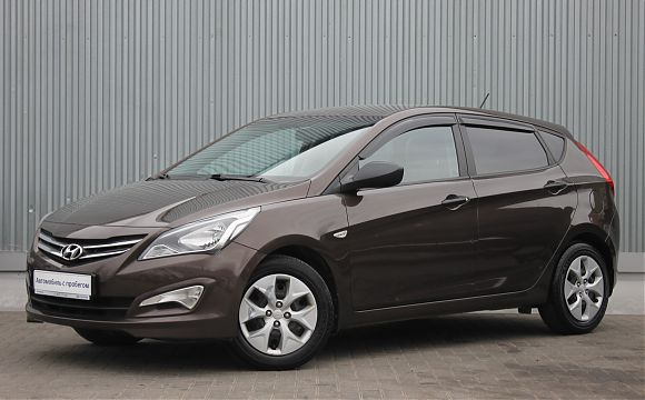 Hyundai Solaris 1.4 AT 2015